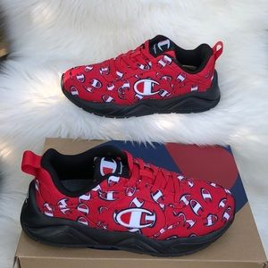 Champion red /black size (7) youth